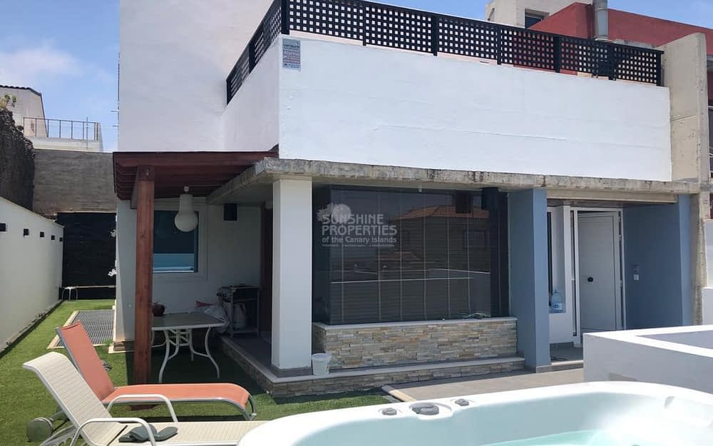 5 Bedroom Luxury modern chalet in Las Palmas