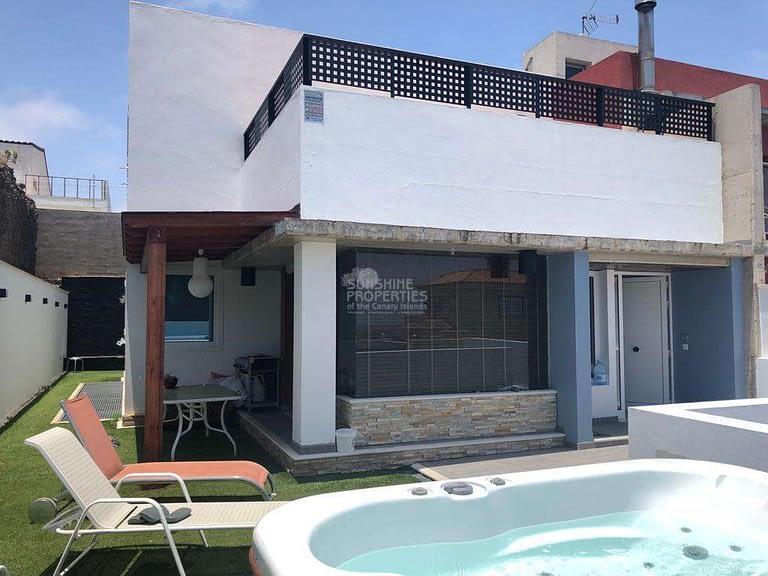 5 Bedroom Luxury modern chalet in Las Palmas