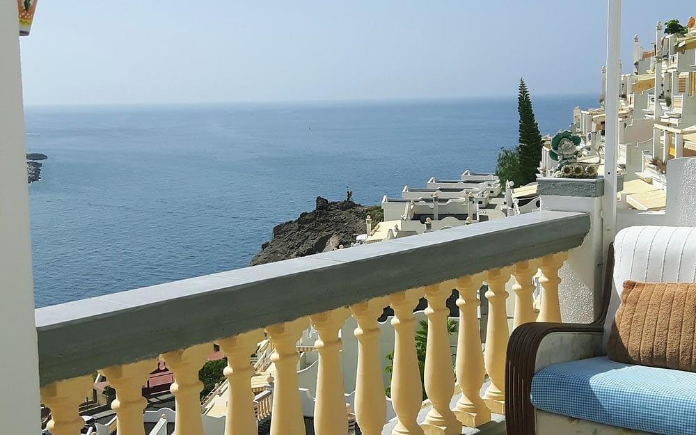 Fabulous 2 Bedroom Apartment in Playa Del Cura with Sea Views