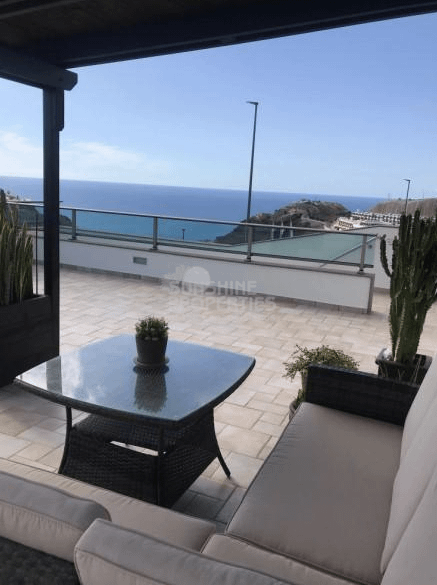 Fabulous 5 Bedroom House in upper Amadores with Amazing Views