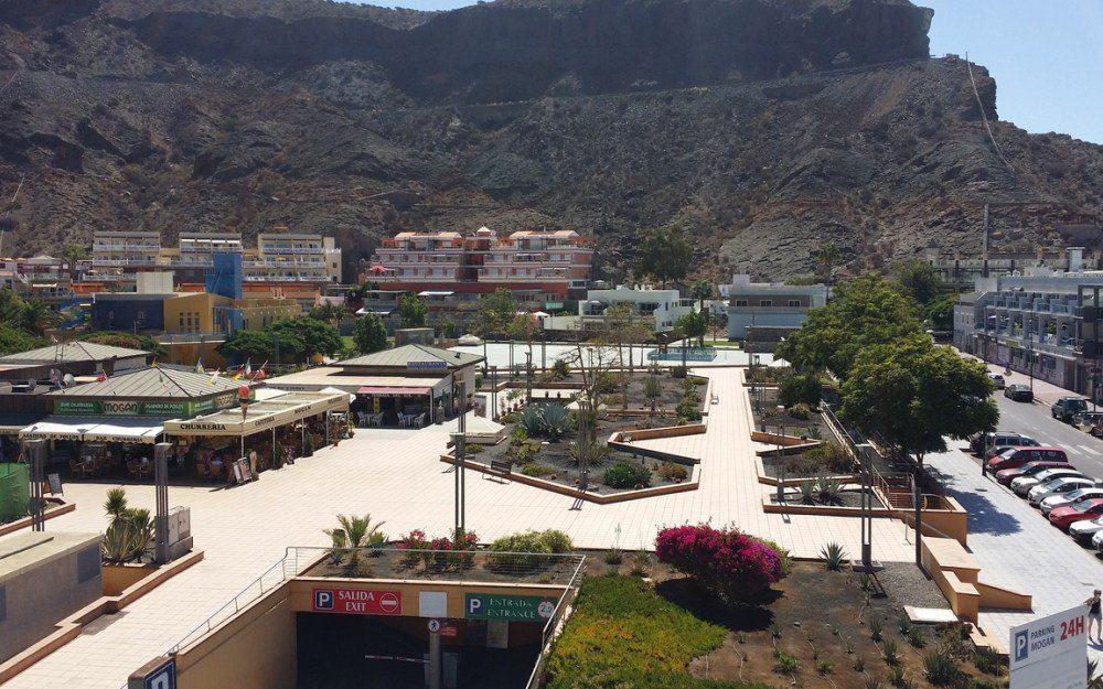 Apartment for rent in Playa de Mogan, frontline to the beach.