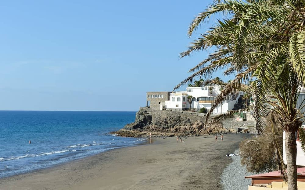 1 bedroom apartment front line to the beach in Aquila Playa