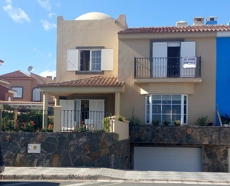Exclusive House with Four Bedrooms In Meloneras