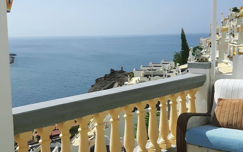 Fabulous 2 Bedroom Apartment in Playa Del Cura with Sea Views