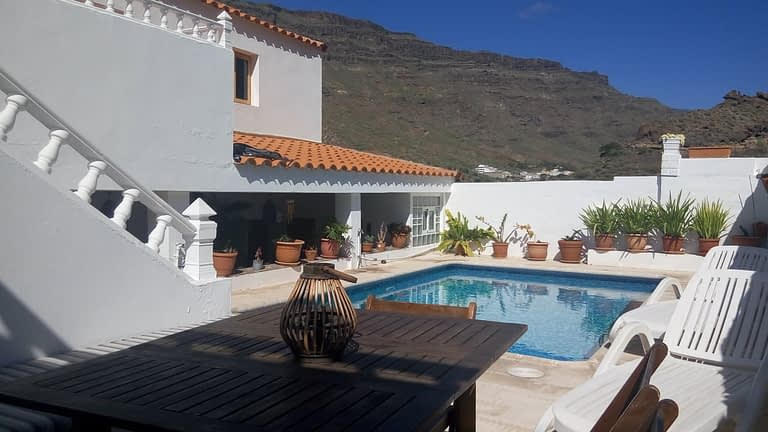 House with Three Bedrooms and Pool in Mogan