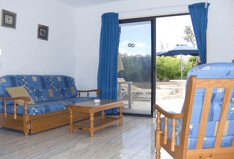 1 Bedroom Apartment with Sea Views in Puerto Rico