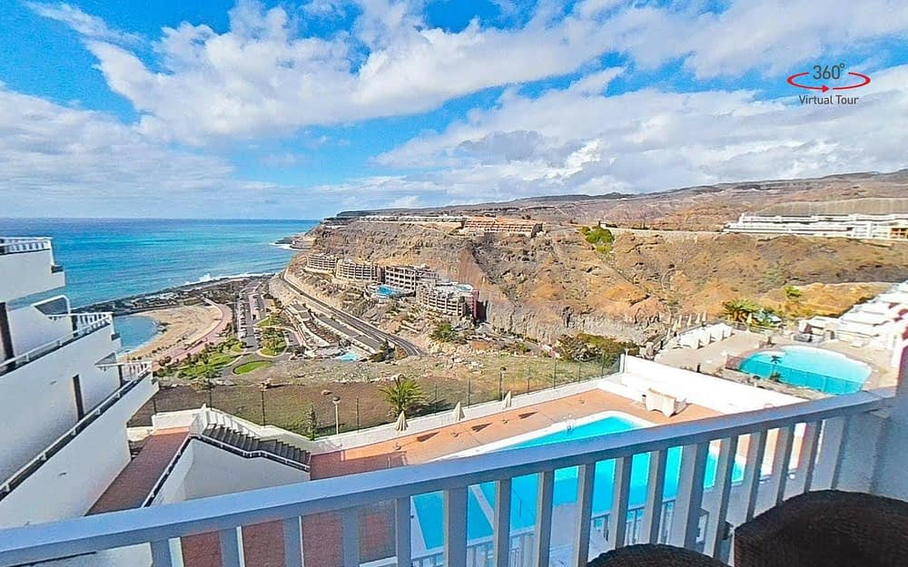 1 Bedroom Apartment with Stunning views overlooking Amadores