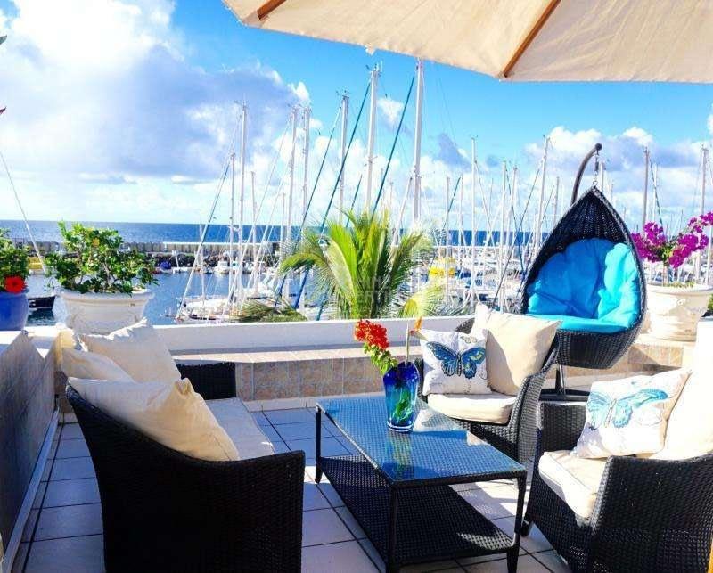 2 Bedroom Apartment with Sea Views in Puerto De Mogán