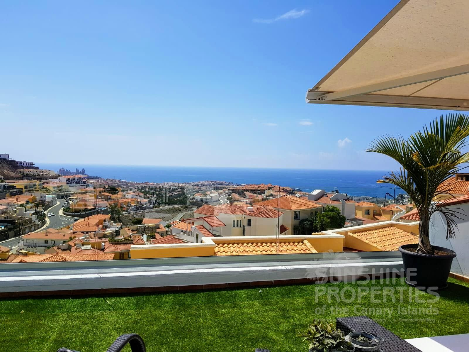 Stunning 3 Bedroom house with Spectacular Views in Loma Dos