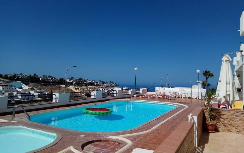 Apartamento de 1 dormitorio en Amadores con vistas al mar: