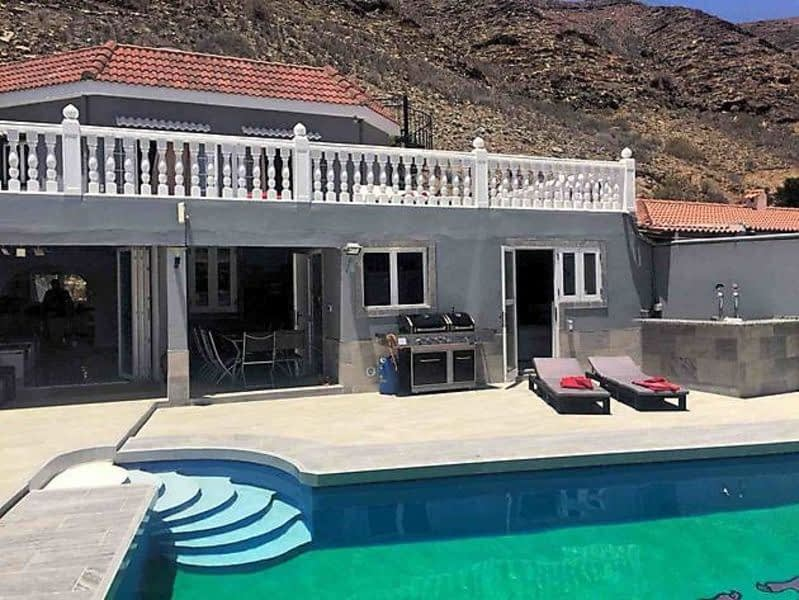 Stunning 5 Bedroom Villa In Tauro