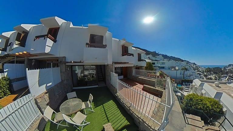 2 Bedroom Duplex with Sea Views in Puerto Rico
