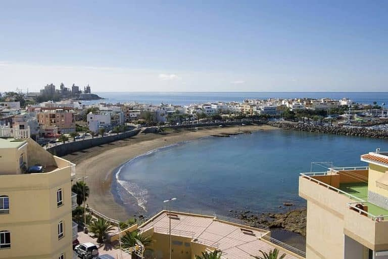 Building for Sale in Arguineguin with 11 luxury apartments