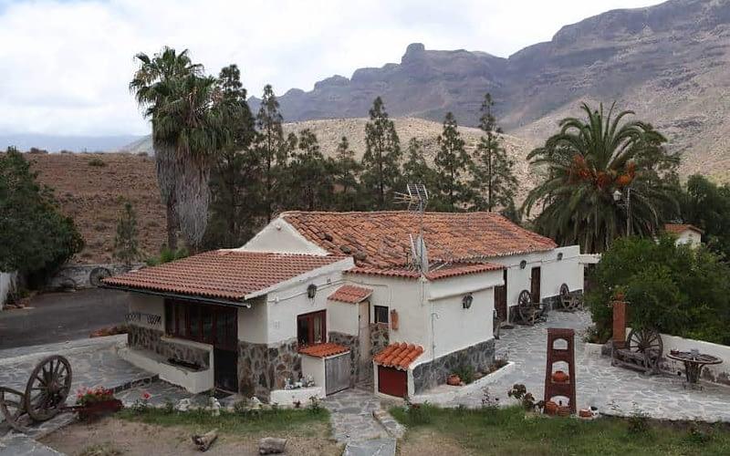 Stor finca med flera hus i Fataga.Large finca with multiple house in Fataga